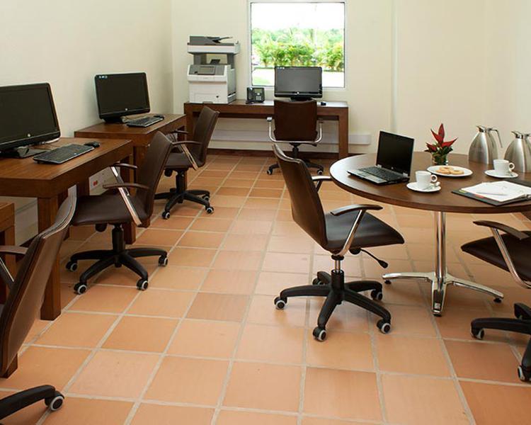 Sala de Internet Hotel ESTELAR Playa Manzanillo Cartagena de Indias