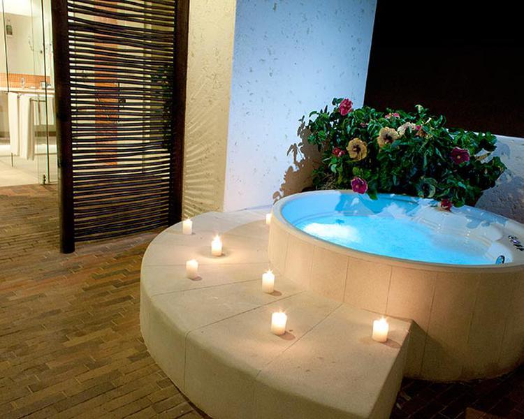 BAÑERA DE HIDROMASAJES Hotel ESTELAR Playa Manzanillo Cartagena de Indias