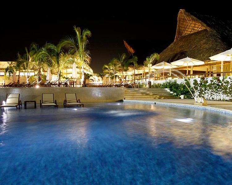 PISCINA Hotel ESTELAR Playa Manzanillo Cartagena de Indias